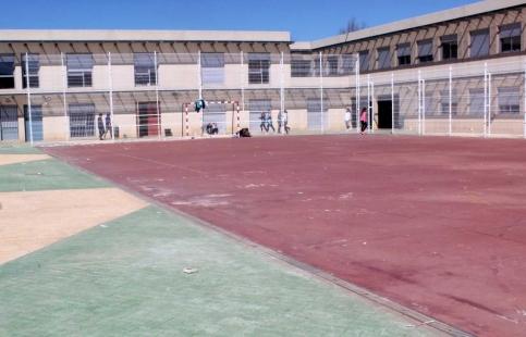 El Gobierno regional ha destinado en lo que va de año cerca de medio millón de euros a 47 obras de reforma, ampliación y mejora en centros educativos de la provincia