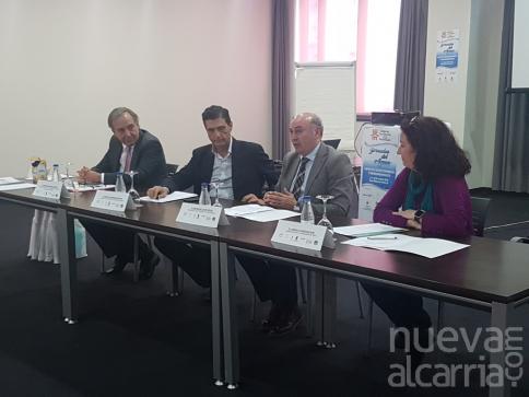 El presidente de la Diputación participa en Trillo en la apertura de las jornadas del Colegio de Economistas