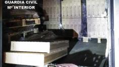 Detenidos 'in fraganti' mientras robaban televisores de un camión aparcado en Torija