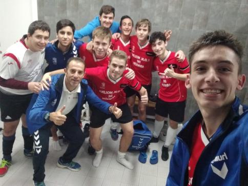 Los juveniles del Molina F.S, consiguen su primera victoria