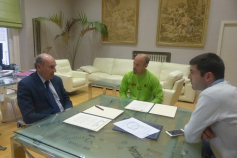 La Diputación colabora con el Club Canicross para el desarrollo de un Circuito en cinco pueblos de la provincia