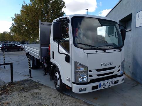 Yebes refuerza el parque móvil con la adquisición de un camión grúa para la brigada municipal de obras