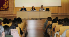 La Junta reforzará el Programa de Autonomía Personal para ayudar a los menores tutelados por la Administración