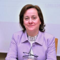 La alcarreña Elena Viana, elegida presidenta de la Unión de Estanqueros
