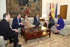 Page se reúne con la nueva directora territorial de La Caixa