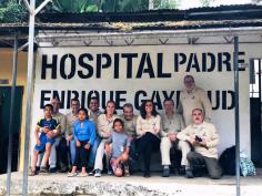 Una anestesista del Hospital de Guadalajara se suma a una misión humanitaria en Ecuador de la Asociación Benéfica Chirurgia