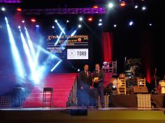El presidente de la Diputación entrega el Premio Medalla de Oro a la Fundación Toro de Lidia en la Gala Toromundial