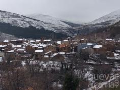 Las primeras nevadas dejan a personas atrapadas en varios puntos de la provincia