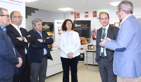 Rojo celebra la llegada a Guadalajara del grupo empresarial Vall Companys, que creará 100 empleos