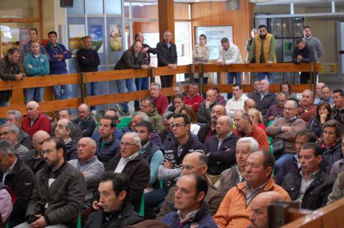 APAG concluye la ronda de contactos para informar de la PAC reuniendo a más de 300 agricultores en su sede