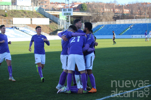 Doménech da el triunfo al Depor en la recta final del partido ante el Atlético Ibañés