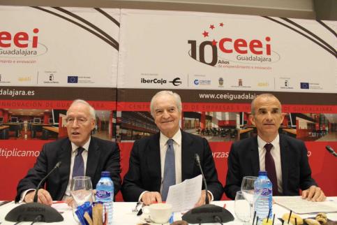 Manuel Pizarro abre los actos del X aniversario del CEEI