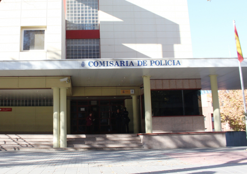 Detenido un varón en Guadalajara por un delito de violencia de género y su víctima por agredir a dos policías