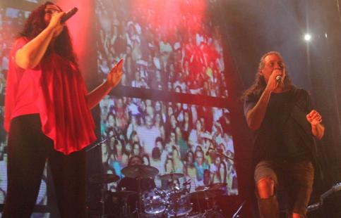 Camela no defrauda a los más de 12.000 asistentes a su concierto en Cabanillas