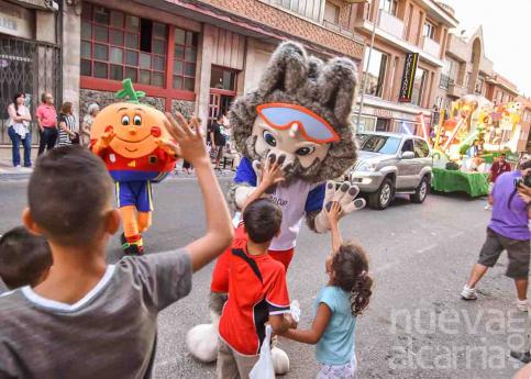 Las etapas de la Historia darán vida al desfile de Ferias