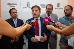 La Junta pondrá fecha al realojo de los vecinos de la calle Laguna de la Colmada después del verano