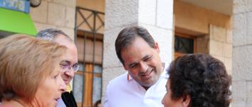 Núñez  destaca la  importancia de asentar población joven en los pueblos pequeños durante su pregón en Escariche