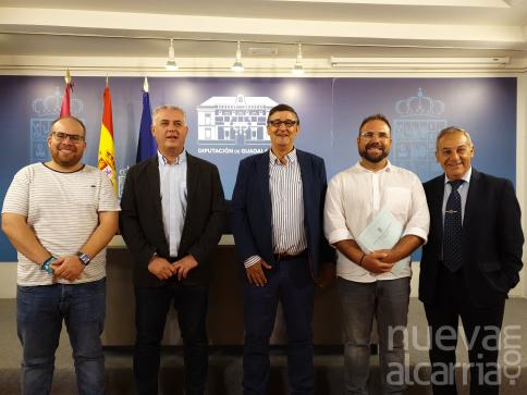 Diputación incrementa su apoyo a la Asociación Gentes de Guadalajara y al Tenorio Mendocino
