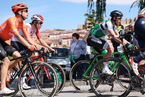 Sigüenza saludó el paso de la Vuelta Ciclista