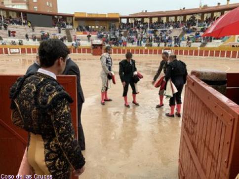 La lluvia obliga a la suspensión de la tercera corrida de abono