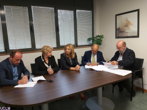 UCLM, Asaja e ICPOR trabajarán en un proyecto agrícola para la elaboración de un modelo integral de producción porcina