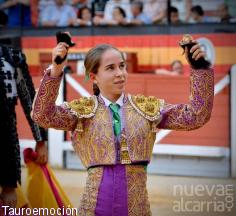 Carla Otero, a hombros en Jaén