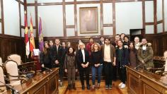 Los alumnos de la Escuela de Arte 'Elena de la Cruz' diseñarán la nueva imagen de la Diputación