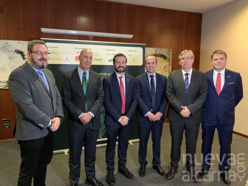 La Junta celebra que la región esté en el centro del sector de las Telecomunicaciones y del gran avance de la conectividad