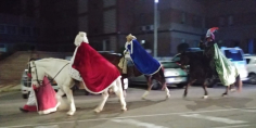Cabalgata nocturna de los Reyes por las calles de la capital
