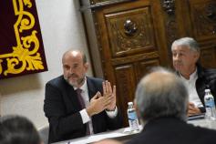 La Junta propone a Red Eléctrica Española abrir dos líneas ya existentes como alternativa al ATC de Villar de Cañas