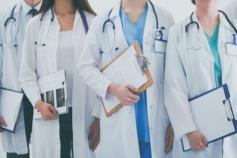 Abierta la contratación de médicos jubilados, graduados sin especialidad y estudiantes de último curso