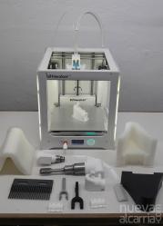 Mahou dedica sus impresoras 3D de la planta de Alovera para producir material sanitario