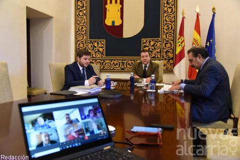 El Ejecutivo regional incorporará las reivindicaciones del sector del transporte en los Pactos de la Moncloa