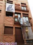La Cofradía de la Pasión del Señor de Guadalajara realiza 225 lonas para decorar ventanas y balcones