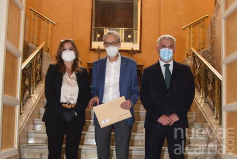 Diputación y Cáritas firman un convenio para atender necesidades básicas en la provincia
