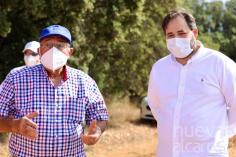 Núñez pide en Almadrones una línea de ayuda directa para el sector del campo