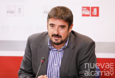 """Rafael Esteban: """"Después de los 8 años de secuestro del gasto al que nos sometió el PP, los ayuntamientos podemos invertir en mejorar la vida de nuestros vecinos"""""""