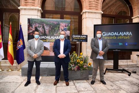 La provincia se promocionará con la nueva marca turística 'Guadalajara, encanto interior'