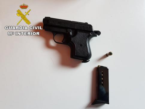Detenidas 14 personas por un robo con violencia e intimidación, tenencia ilícita de armas y cultivo de marihuana
