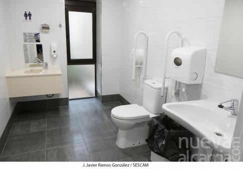 El Hospital cuenta con un nuevo baño adaptado para personas con ostomías