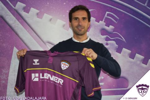 Gonzalo Ónega, presentado como nuevo entrenador del Deportivo Guadalajara