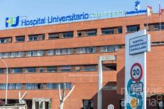 El Hospital de Guadalajara recibe la Medalla Honorífica de Oro de la UAH por su lucha contra el Covid-19