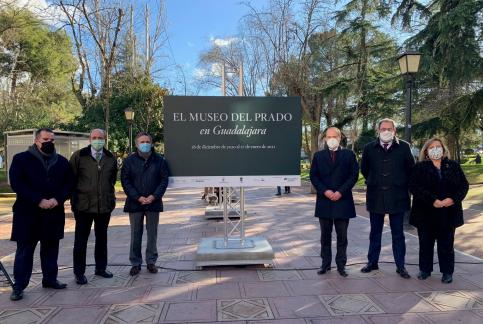 La Concejalía de Turismo del Ayuntamiento de Guadalajara propone visitas guiadas para recorrer la exposición  'El Prado en la calle'