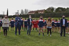Alberto Rojo visita a la selección española femenina de rugby antes de enfrentarse a los Países Bajos