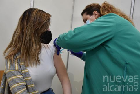 Page confirma que este miércoles finalizará la vacunación de docentes