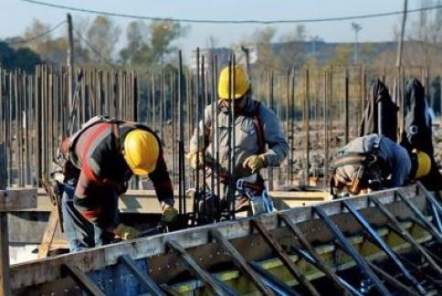 Unos 6.000 trabajadores de la construcción se beneficiarán este año de una subida salarial