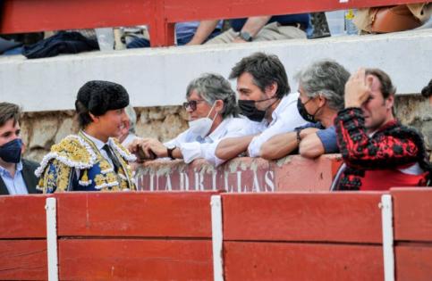 Jaime Ostos y Juan del Val, entre los famosos en la Corrida de Brihuega