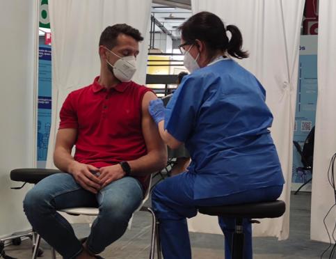 La mitad de población española ha recibido pauta completa de vacunación: más de 24 millones de personas