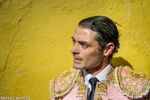 El torero Sánchez Vara ingresado en la UCI por el encharcamiento de un pulmón