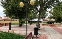 El Ayuntamiento de Cabanillas reforma la Plaza de la Constitución